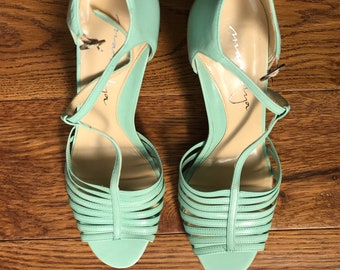Mint green shoes, strappy heels, dancing shoes, vintage style, 1940s, 1950s, green shoes, high heels, vintage shoes, size 3.5 UK
