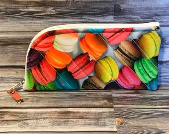 French Macaroons Glasses Case
