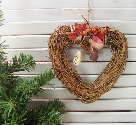 Christmas Heart Wreath.Christmas Heart Wreath Twiggy Xmas Decoration Prim Rustic Door Hanger