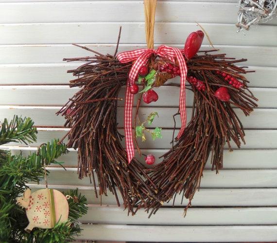 Christmas Heart Wreath.Christmas Wreath Rustic Twiggy Heart Xmas Decoration Festive Country Door Hanger
