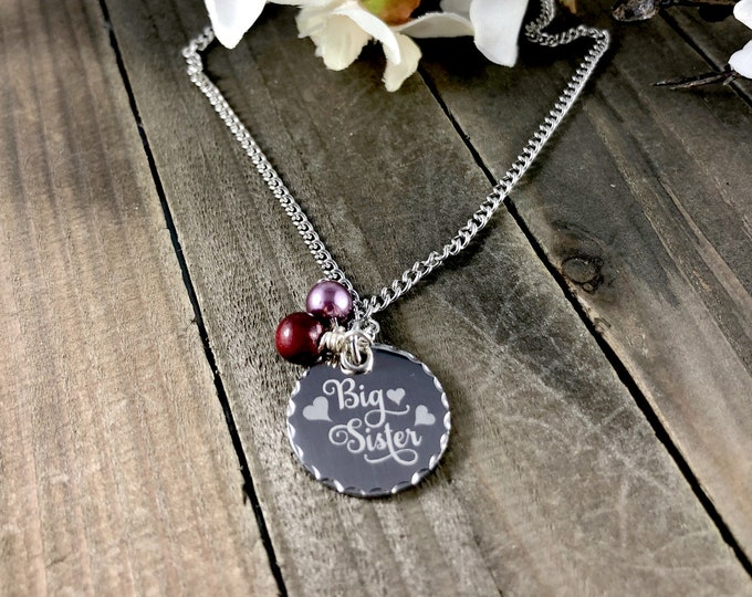 Sister necklaces • Custom family gifts