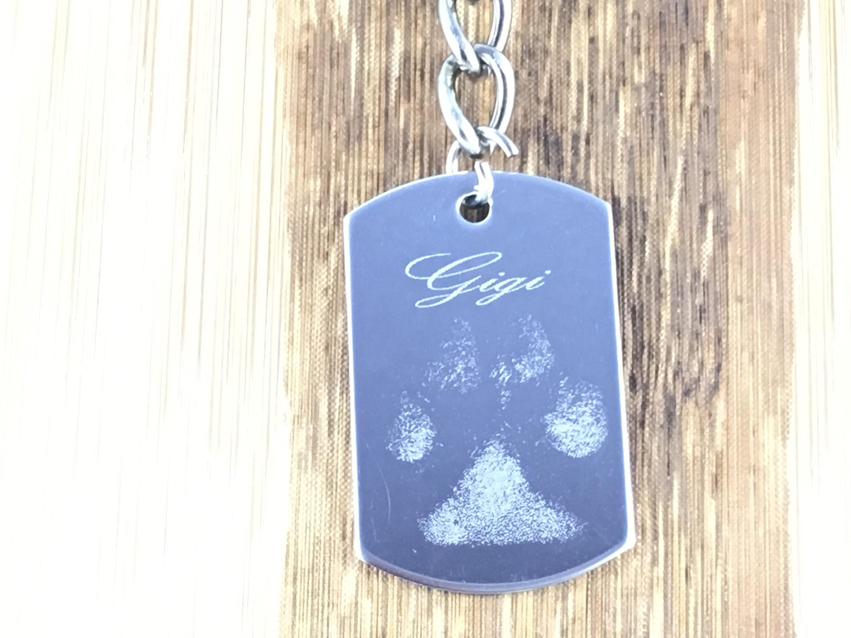 real pawprint keychains engraved keepsakes