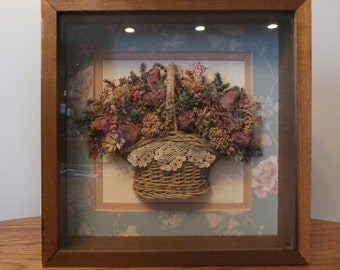Wicker basket for bedroom Fall decorative basket, Upcycled basket Kitchen fruit basket Crochet lace trim Table centerpiece