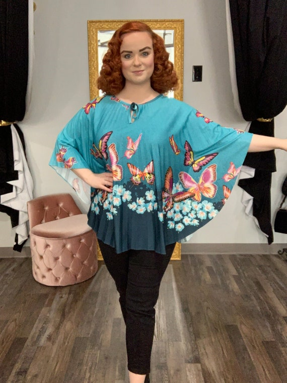 1970s Turquoise Butterfly Pleated Poncho Tiki Half