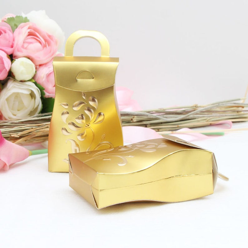25Pcs Vase Shape Flower Wedding Favors Box Candy Box White And Golden Paper Gift Box For Wedding And Party