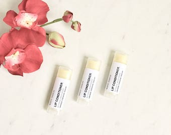 Botanical Lip Conditioner/Moisturizer for chapped, dry lips