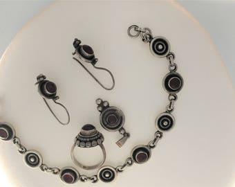 Ornate STERLING SILVER Carnelian Bracelet, Pendent ,earrings & Ring-size 5