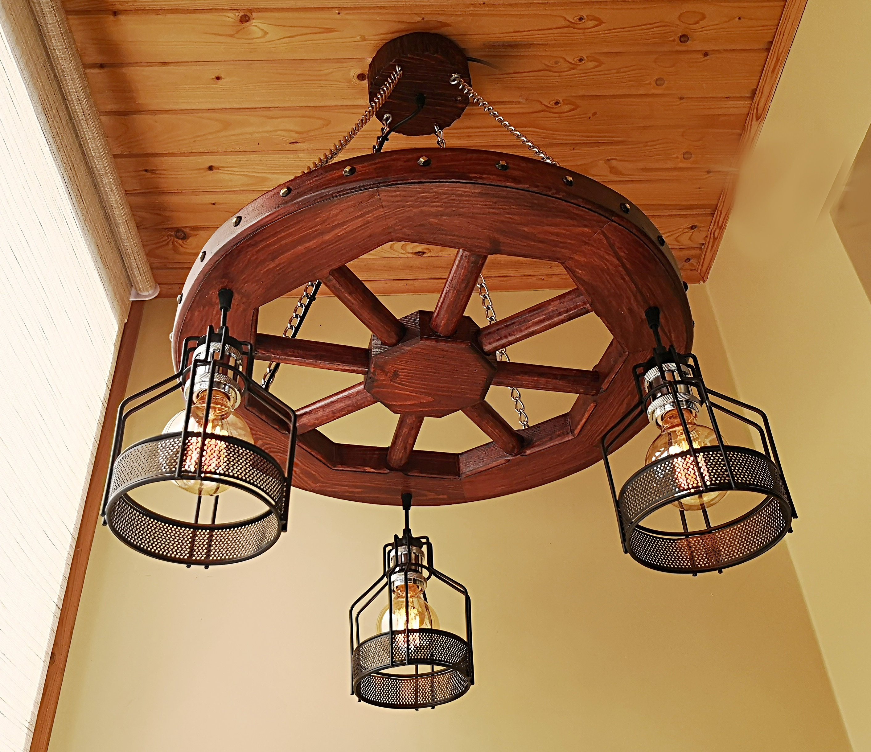 Wagon Wheel Rustic Chandelier Western Decor Pendant Light: Rustic Lighting Wagon Wheel Chandelier