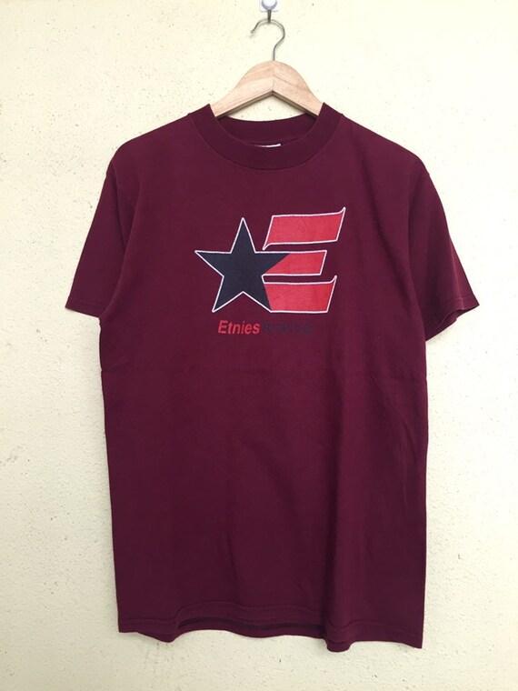 Vintage 90s Etnies skateboarding t shirt/ vintage