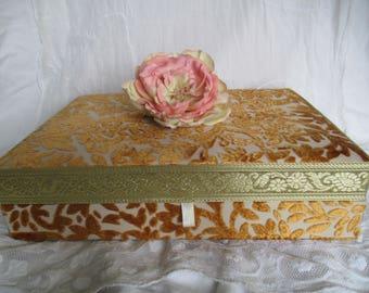 Vintage fabric box, vintage floral fabric box, box, old box 50s, 50s box, wedding, wedding storage