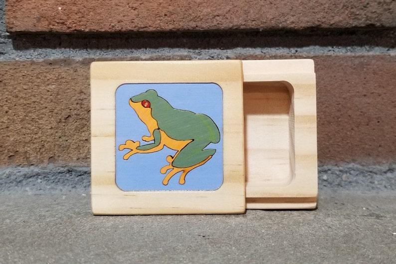 Frog GiftFrog BoxLittle Wooden BoxKeepsake BoxTrinket Box image 0