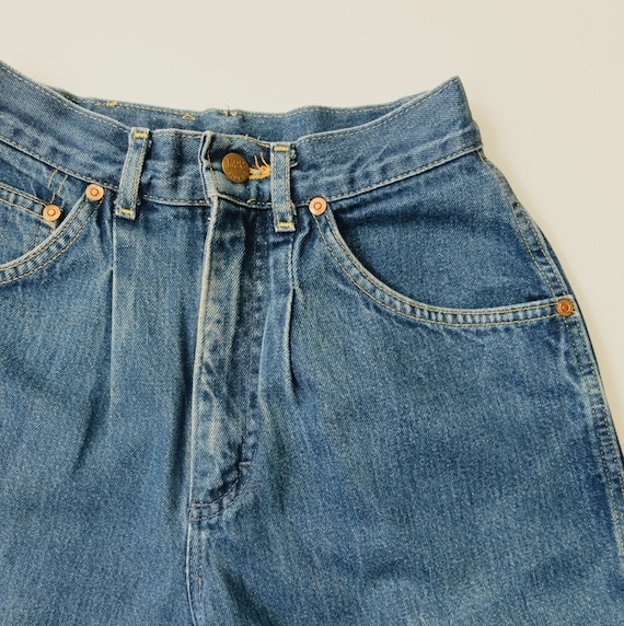 "Vintage size 23"" Lee mom Jeans , 80's mom jeans, r"