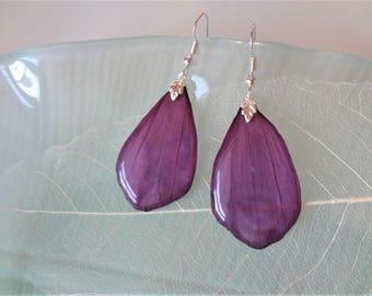 Real flower earrings Flower in resin Jewelry purple Earrings dangle purple jewelry resin purple Earrings Hand made earrings floral jewelry