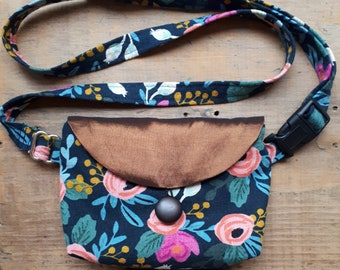 Mini Fanny Pack, hip bag, 100% upcycled in Floral