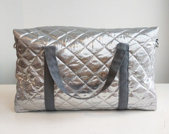 Compact Travel Bag, 100% upcycled in Silver