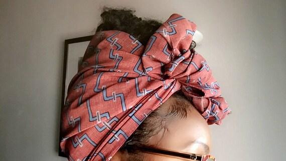 "The ""Tunnel"" hair wrap"