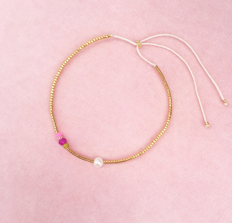 Delicate bracelet freshwater pearl gold gemstone image 0
