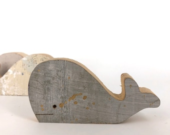 Whale in reclaimed wood. Cute animals for children and unique gifts.
