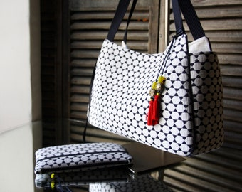 """byZoon - caba pattern """"sanga"""" with Pocket - black handles - YUME collection-"""
