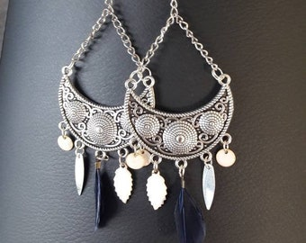 "Silver earrings ""white and Navy feathers"""