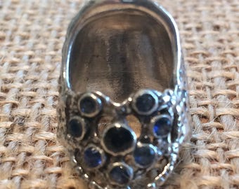Eight Gem Lacy Heart Open Nail Sewing Thimble by TJ Lane