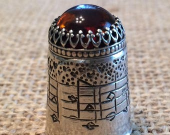 Amazing Grace COLLECTORS Thimble with Gem Closed Top Sewing Thimble by TJ Lane
