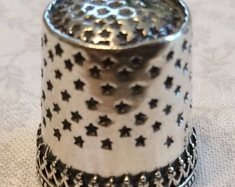 Stars thimble with Quilters ridge Sterling Silver Sewing Thimble by TJ Lane