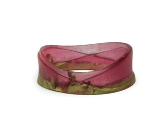 Woven resin bangle, in translucent red and gold
