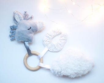 rattle / activities white and gold horse keychain