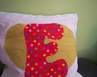 "Sofa Pillow ""E"" with coloured back"