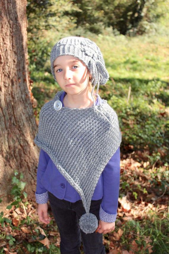Bonnet béret châle gris déstructuré enfant pompon bouton gris   Etsy 212b6becb87
