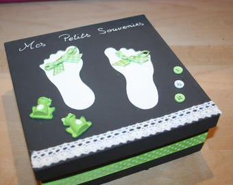 memories, birth, feet, gray and lime green gift box