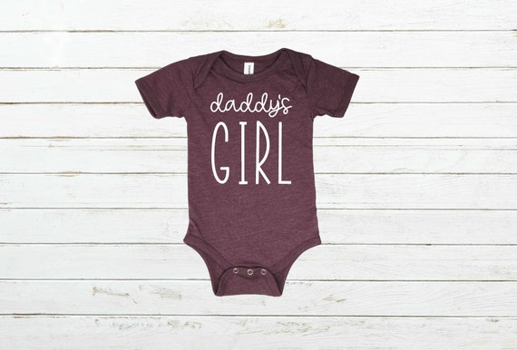 Daddys Girl Infant Bodysuit, Baby Shower Gift, Father's Day Gift, Daddy's Honey Shirt, Daddy's Girl Shirt, Father's Day Shirt