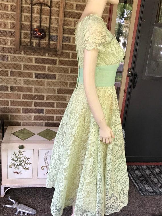 Vintage Lace Dress - image 2