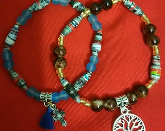 Paper beaded bracelets, paper bangles, paper jewelry, paper beads, paper jewelry, colorful bracelets, handicrafts