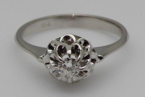 18kt White Gold Vintage Diamond Lady's Ring