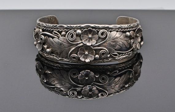 "Vintage Native American Navajo Sterling Silver Cuff bracelet in a Leaves, Flowers and Vine Design - Signed ""CJ"""
