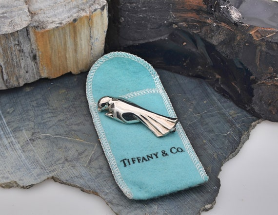 Vintage Tiffany & Co. Sterling Silver Parrot (bird) Brooch Pin with Blue Tiffany Pouch