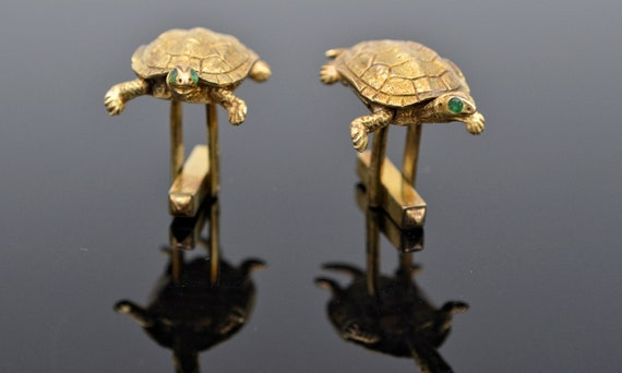 Vintage 3D Turtle 14kt Yellow Gold Cufflinks with Green Emerald Eye's