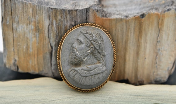 1930's Rare Vintage Lava High Relief Cameo Male Roman Emperor Set in 14kt Yellow Gold