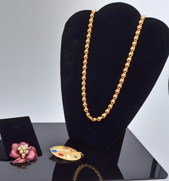 Lot Fantastic Costume Jewelry!