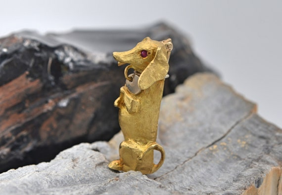 Adorable Solid 14kt Yellow Gold Begging Dachshund Dog Brooch / Pin with Sparkling Rubby Eyes Signed Morrin