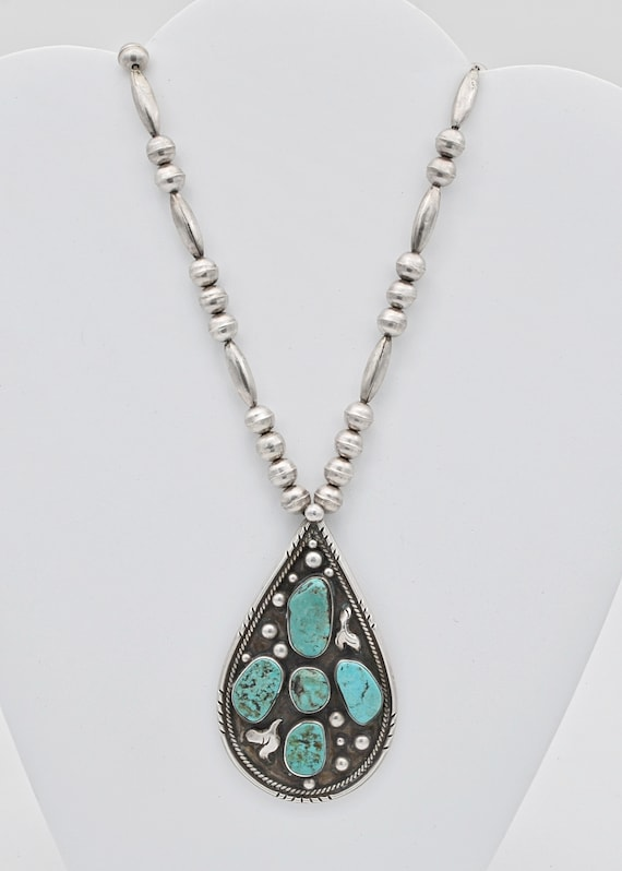 Spectacular Navajo turquoise necklace