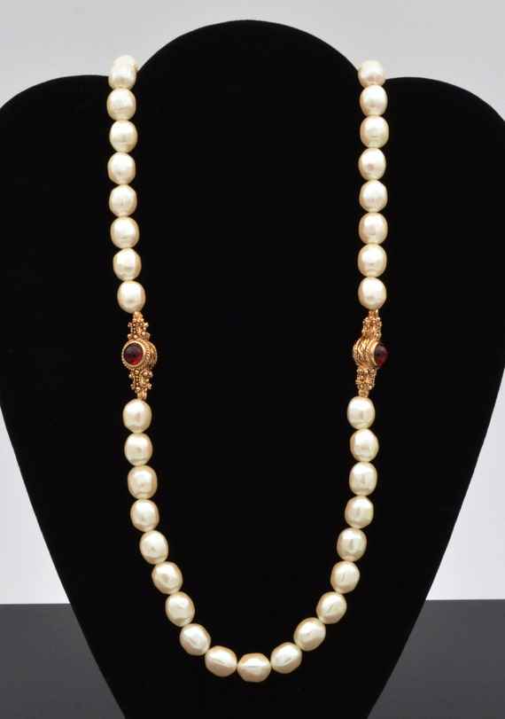 Rare Find! Vintage 1960's Givenchy Faux Pearl and cabochon necklace.