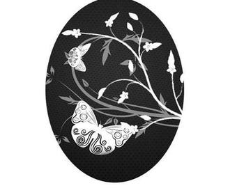 18x25cm, butterfly and flowers, white on black