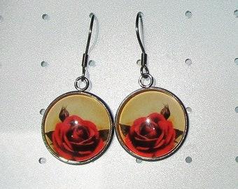 beautiful red rose earrings, vintage