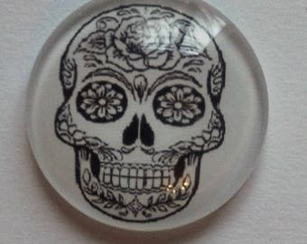 cabochon 25mm skull (black and white)
