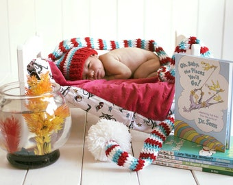 Crochet cat in the hat longtail hat, thing 1 and thing 2, crochet newborn hat, newborn photo prop, baby shower gift, cat in the hat
