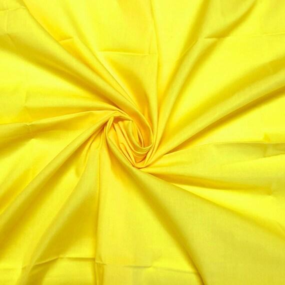 Crafts ORANGE FLORAL PRINT POLYCOTTON Bunting 112cm wide Dressmaking