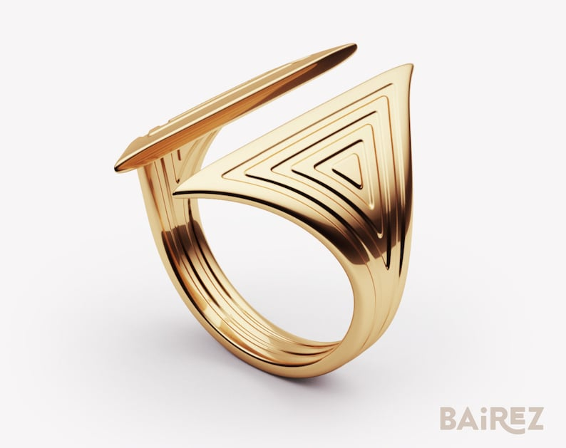 Unisex ring,Triangle ring,Silver signet ring,gold signet ring,Modernist Jewelry,Modern Ring,Modern Jewelry,Gold Ring,Delicate Gold Ring